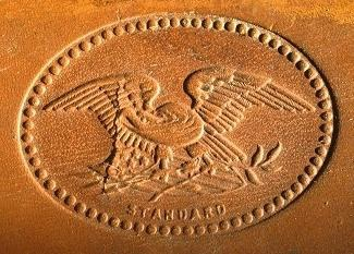 The top of the leather case has a beautiful embossed American eagle.